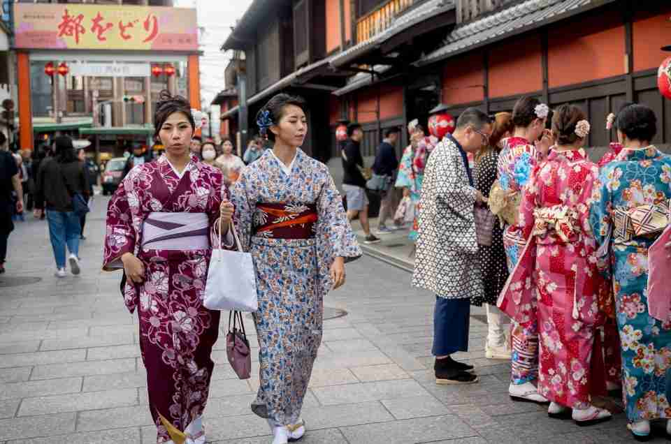 Kimono Style Lives on in Japan